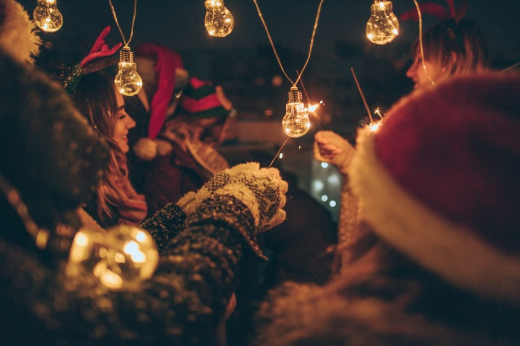 How to Host a Stress-Free Holiday Party | Mandy Yamamoto